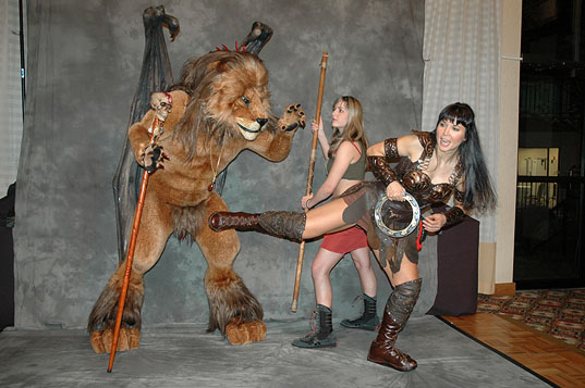 Manticore vs Xena and Gabrielle